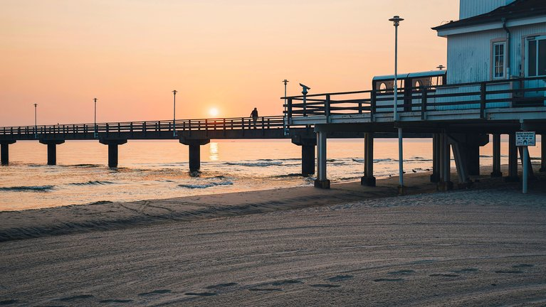 Pier Ahlbeck at sundown | © Konrad Langer